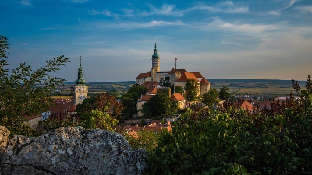 Mikulov staat op plek 8 in de lijst met mooiste steden in Tsjechië