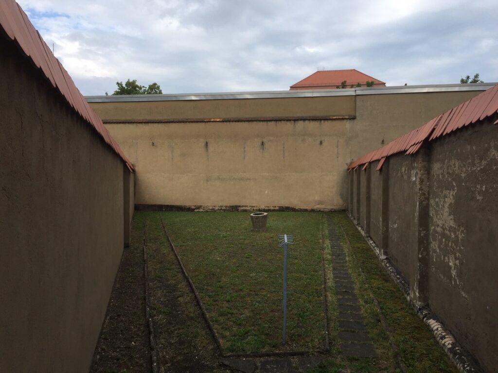 Luchtplaats Stasi gevangenis Bautzen