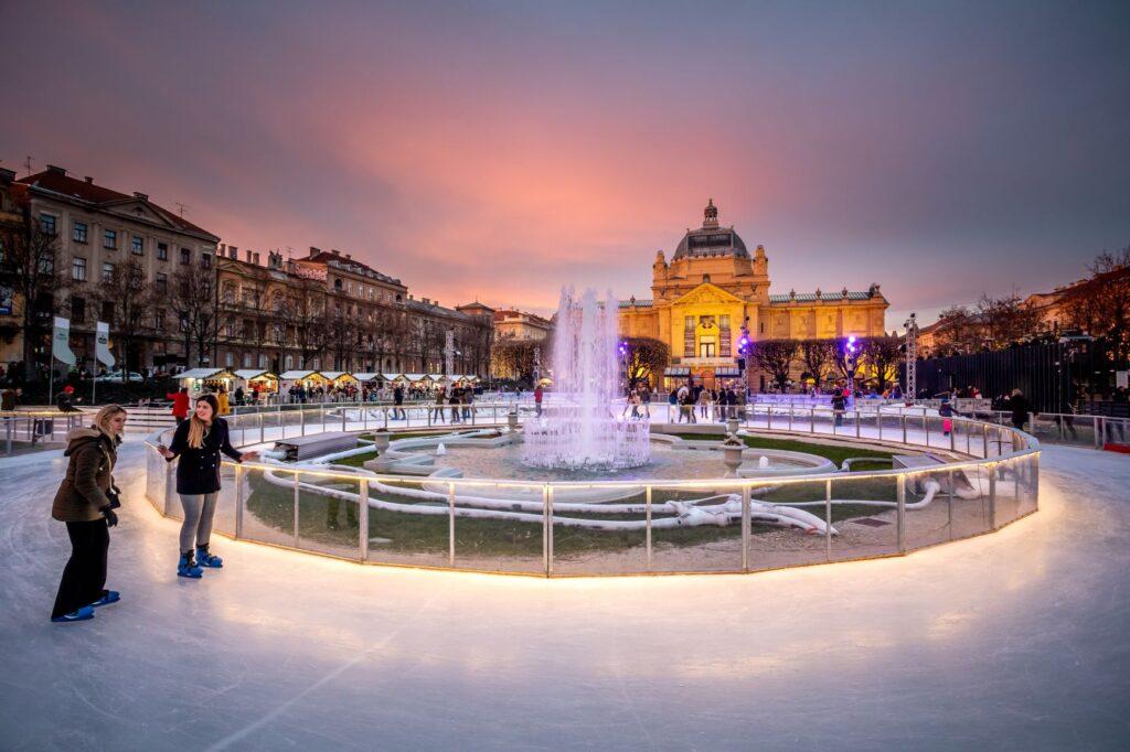 Kerstmarkt Zagreb ijsbaan