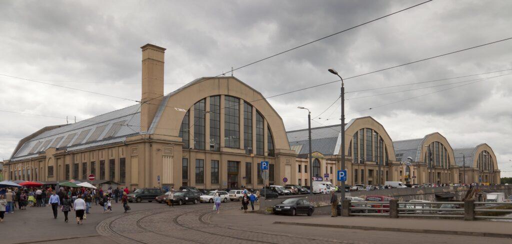 Centrale markt van Riga buitenzijde