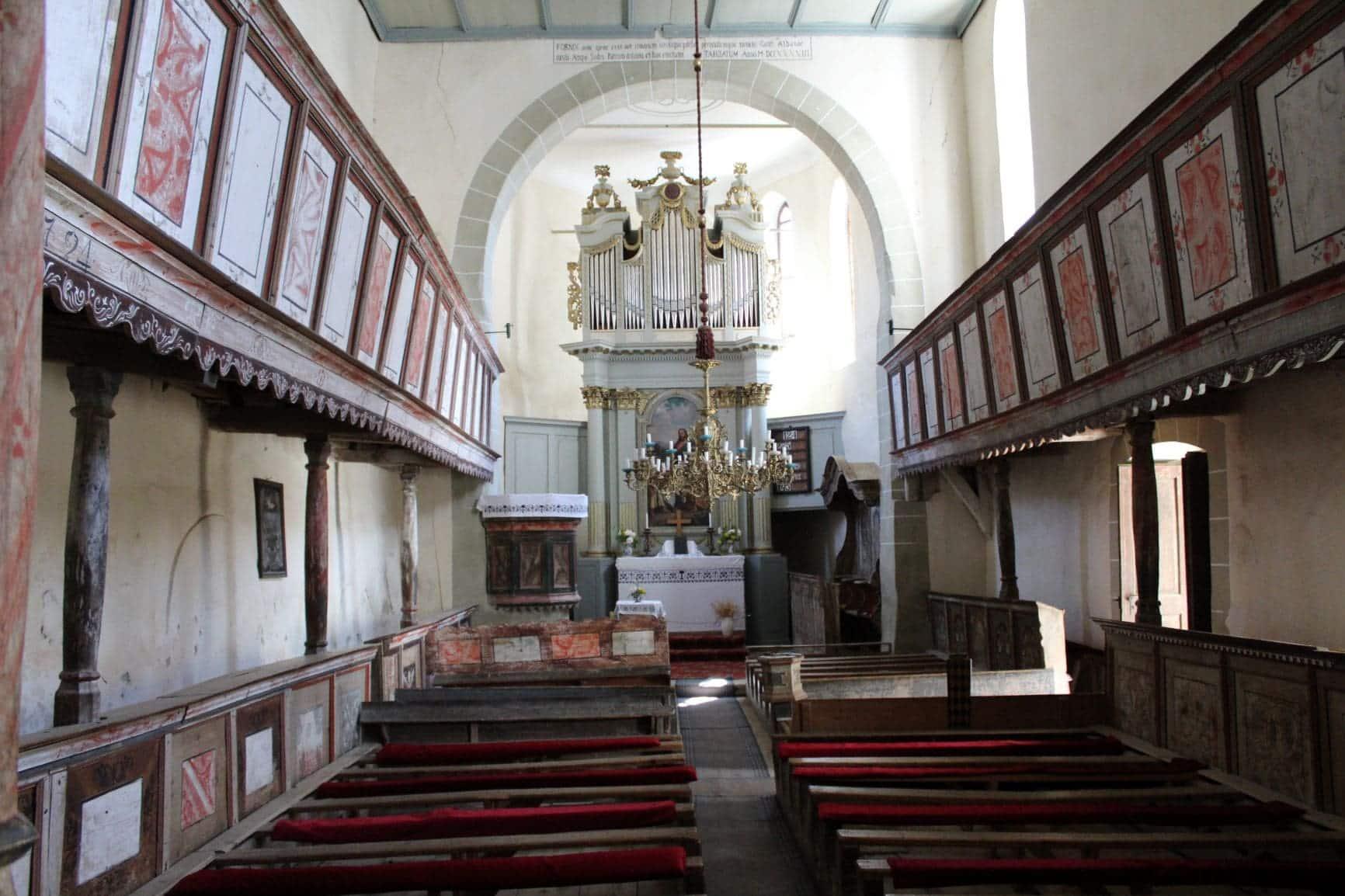 ROndreis Roemenie kerk Viscri