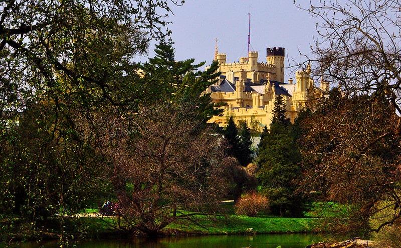 Wie is de Mol 2021 kasteel Lednice
