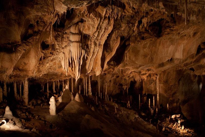 Verlichte grot