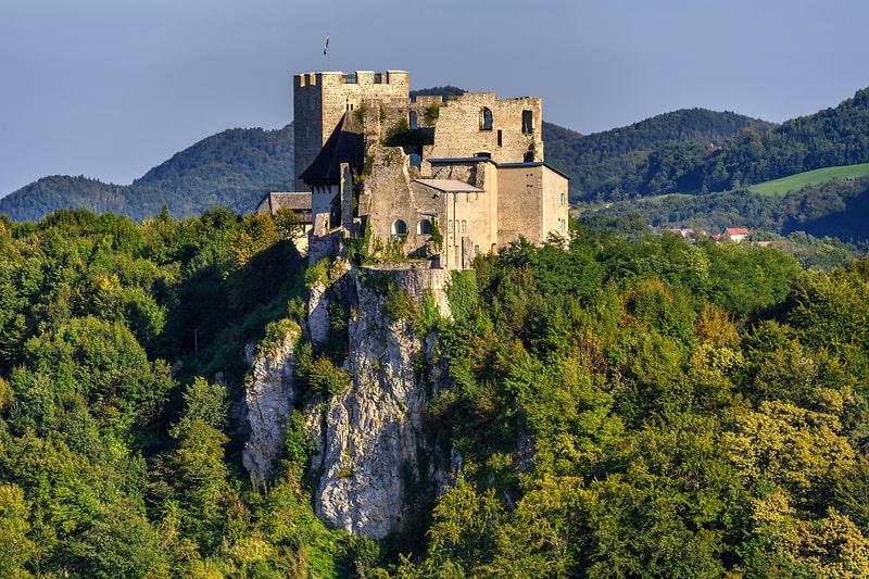 Mooiste kastelen van Slovenië - kasteel Celje
