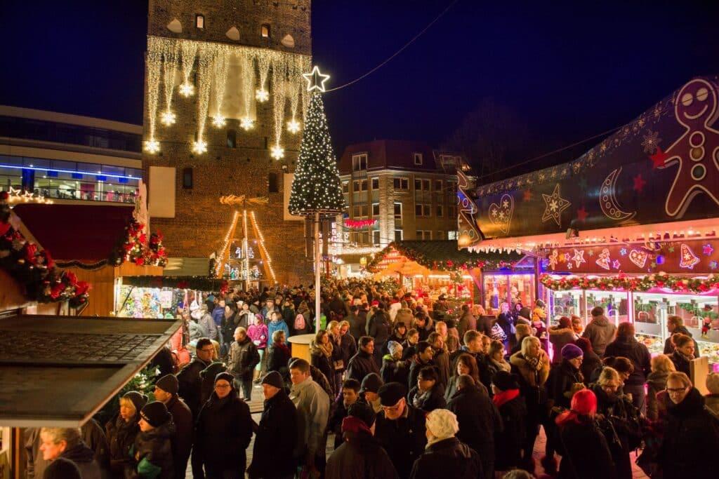 GEzelligheid op kerstmarkt Rostoc
